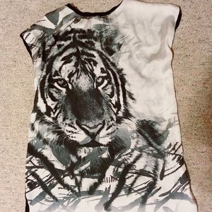 FINAL SALE❗️Forever 21 Tiger Tee Black And White